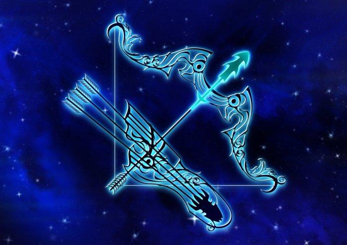 Azurite is Zodiac Crystal Stone for Sagittarius