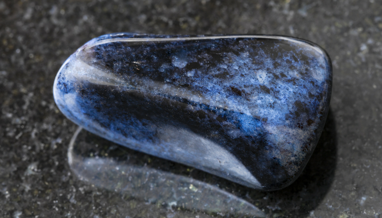 Dumortierite Meanings, Properties and Uses