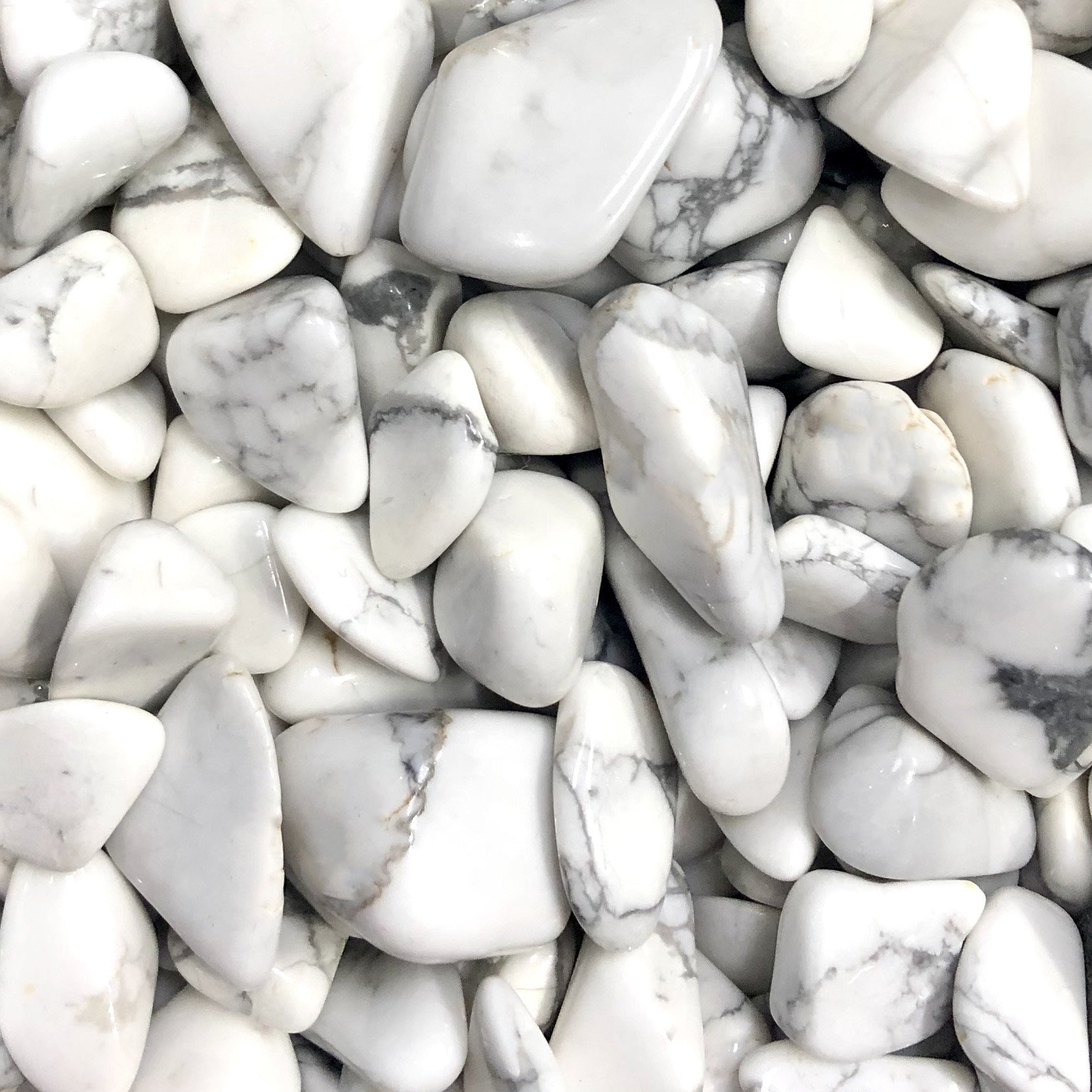 Howlite Meanings, Properties and Uses