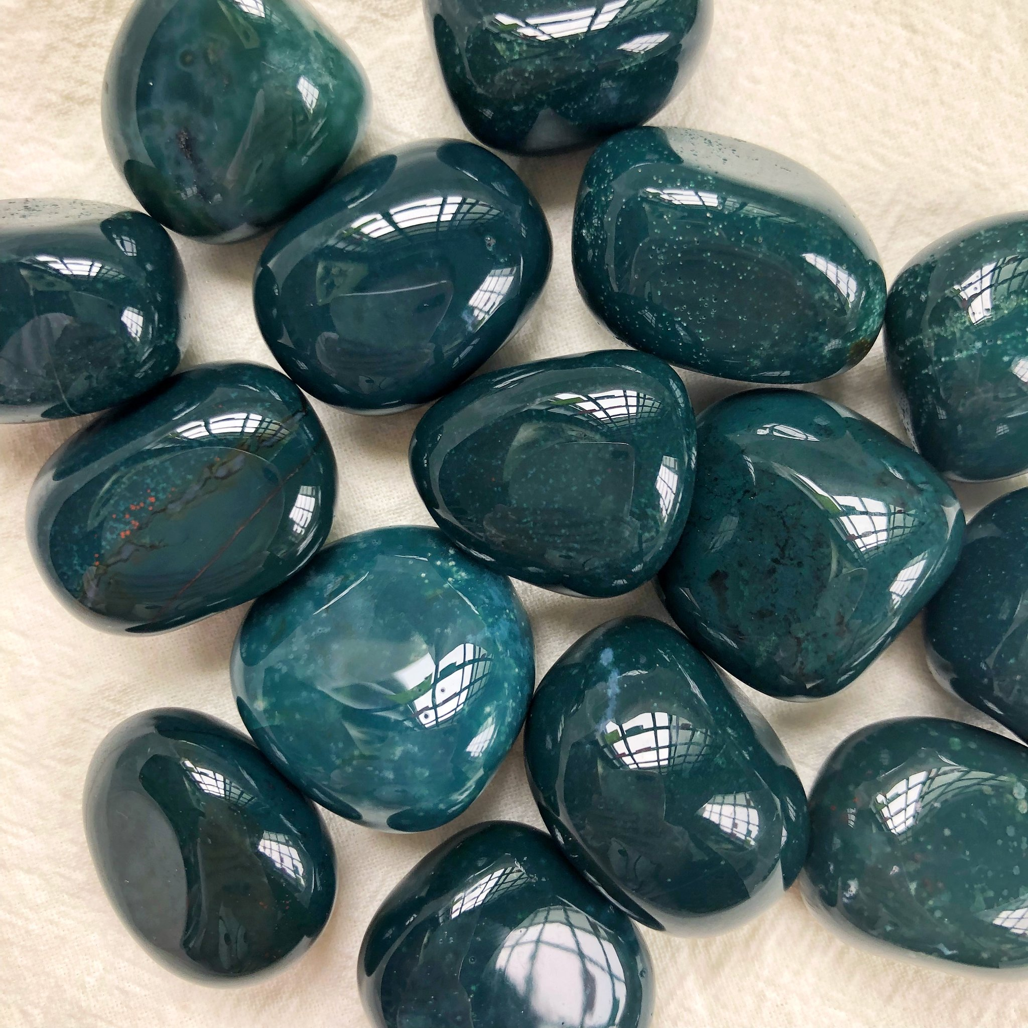 Green Jasper Meanings, Properties and Uses