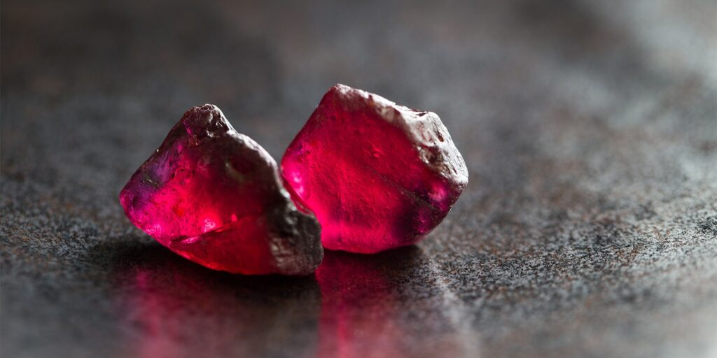 What is the Birthstone for Cancer?