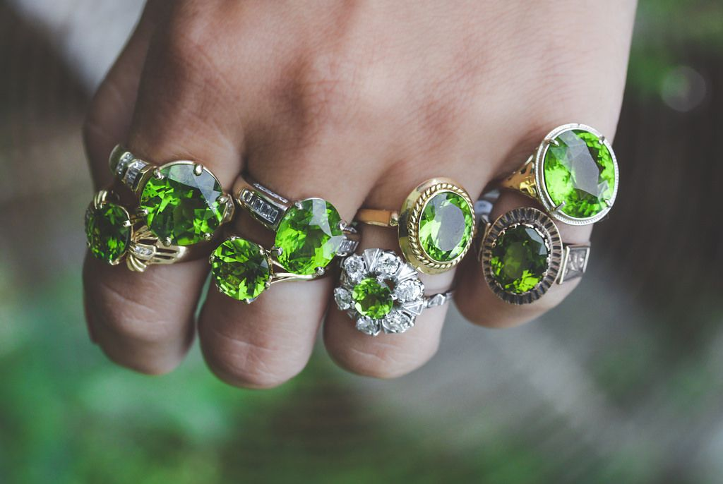 The Benefits of Wearing August Birthstone? Ring, Necklace, Bracelet and Others Jewelry