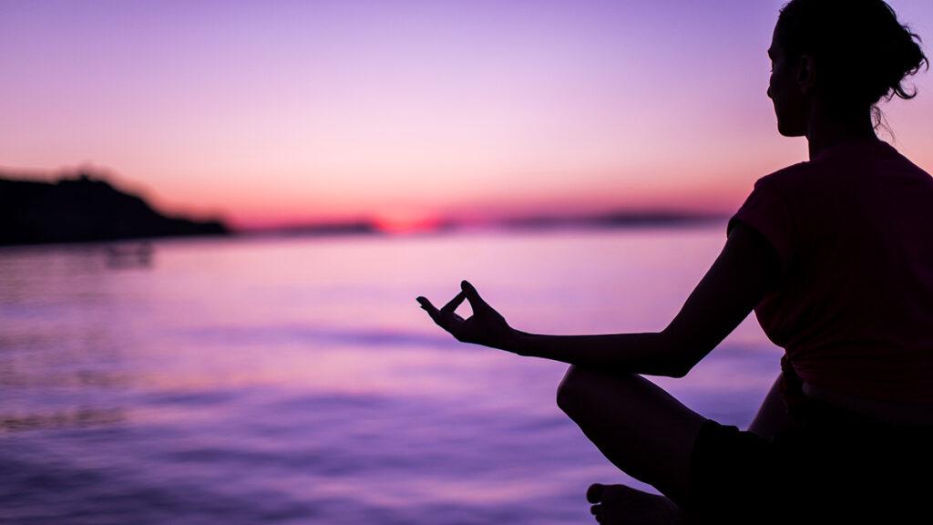 Ways To Use Blue Crystals - Meditation